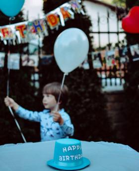 Как сделать день рождения ребенка 5 лет дома веселым